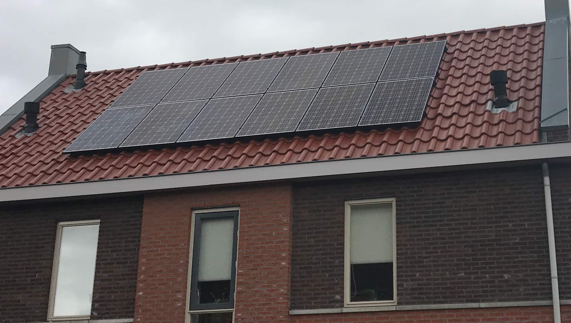 zonnepanelen op woning in Joure